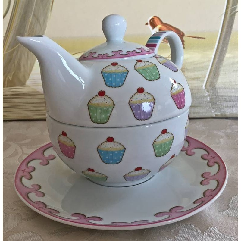 Tea for One Set mit Cup Cake Motiven