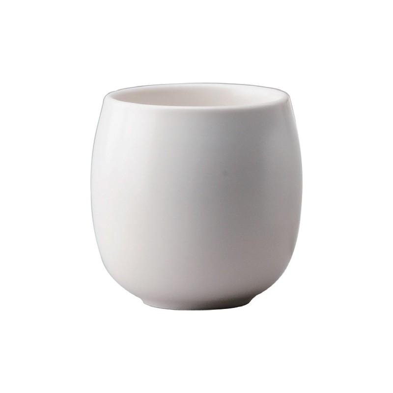 Teacup in weiß mit 160 ml Fassungsvermögen aus Porzellan